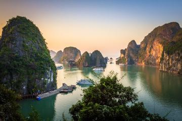 thumb_15375156213261_ha-long-bay-on-lonely-planet-1.jpg